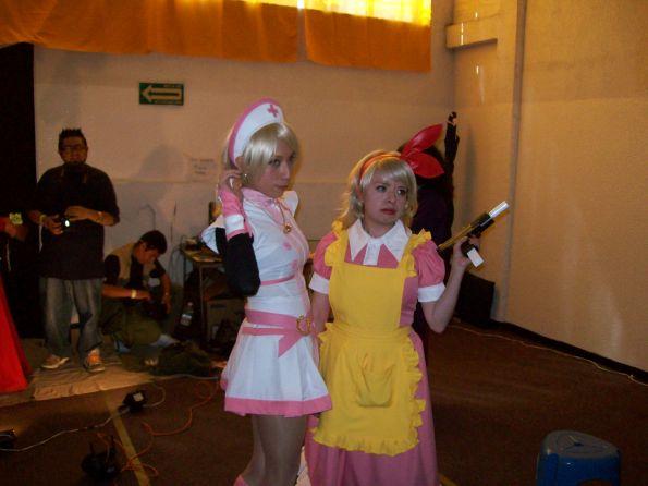 otras dos chicas